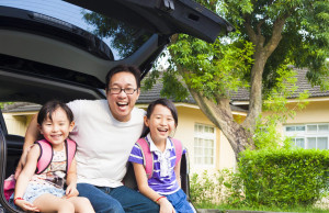 happy_family_new_car_and_house_SM